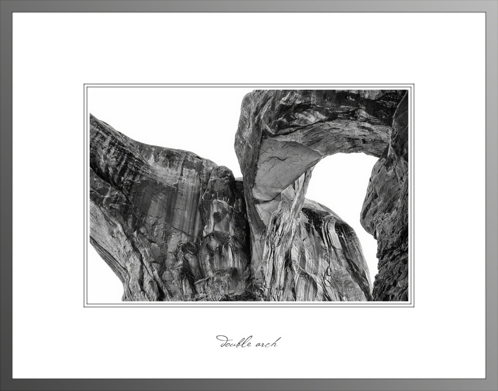 Double Arch _BW(Matted)